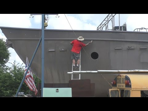 Painting the Boat - Stripe Coat - Part 7 of many