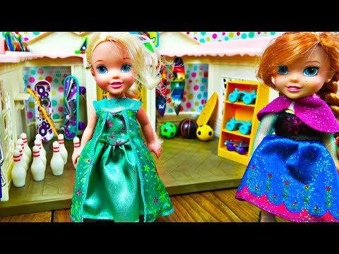 Elsa and Anna toddlers shopping at the new Barbie's sports shop