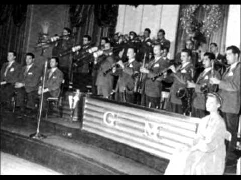 Christmas at the Cafe Rouge 1940 Glenn Miller