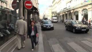 A Stroll Along the Rue Du Bac
