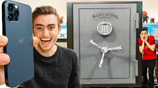 UNBOXING $1,000,000 GIANT EBAY MYSTERY SAFE (IPHONE 12 PRO INSIDE!!!!)