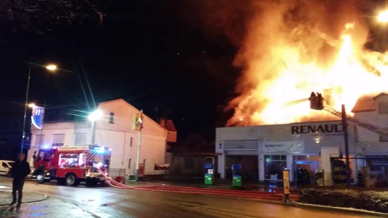 Incendie garage renault bourbonne les bains le 2 janvier for Garage renault maizieres les metz
