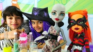 Monster High bebekler ile eğlenceli oyunlar
