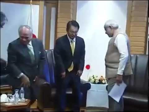 PM Modi meets the Governor of Aichi Prefecture, Hideaki Ohmura in Tokyo