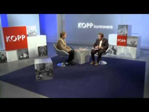 """Alfred de Zayas interview: """"Verbrechen an Deutschen"""" (""""Crimes against Germans"""")"""