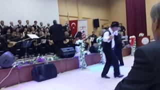 islamoğlu oyunu ak zm parmak gibi
