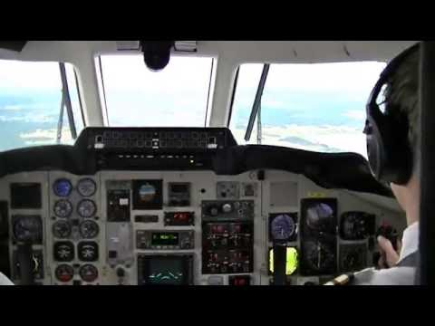 Cockpit view: landing at Stockholm Arlanda with a Jetstream 32 of AIS