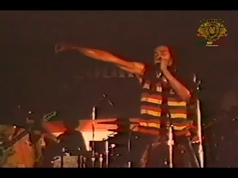 Exodus -  BOB MARLEY & The Wailers (SUNSPLASH II - 1979) Montego Bay Jamaica - Finish