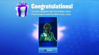 DELET THIS FREE PACK on FORTNITE... (Twitch Prime 3)