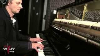 """James - """"Moving On"""" (Live at WFUV)"""