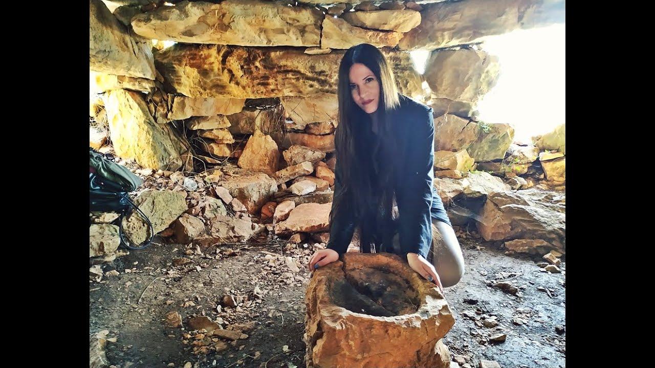 ΔΡΑΚΟΣΠΙΤΟ ΥΜΗΤΤΟΥ ~ Η Αρχαιότερη  Άγνωστη Κατοικία της Αττικής - DRAGONHOUSE ATTICA GREECE