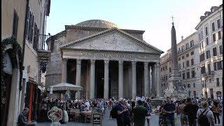 Walk around Piazza della Rotonda and Pantheon Rome Italy