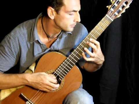 Romance anónimo (Jeux interdits). Guitarra. Julio Calvo. (Narciso Yepes cover)