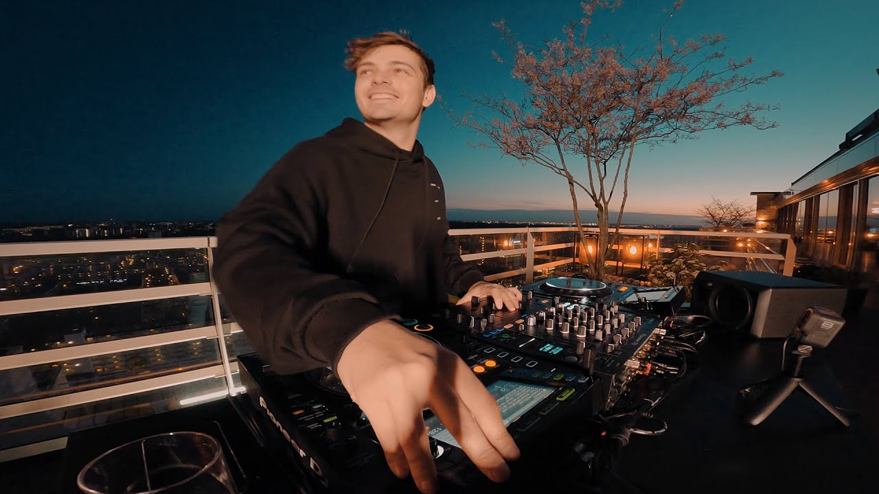 Download MARTIN GARRIX LIVE @ MY ROOFTOP IN AMSTERDAM