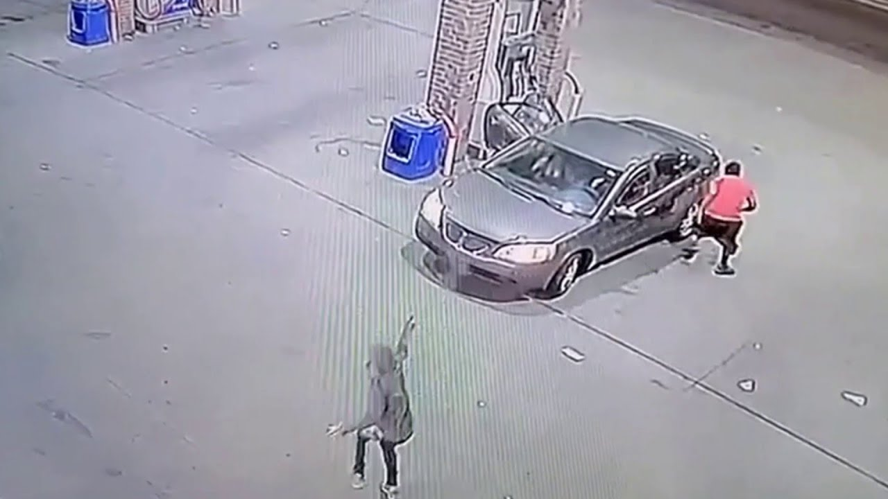 Surveillance video of shootout involving 2 suspects, 3 persons of interest at Detroit gas station