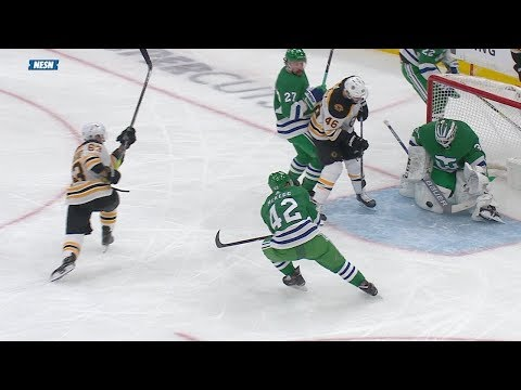Curtis McElhinney completes terrific pair of saves to deny Bruins