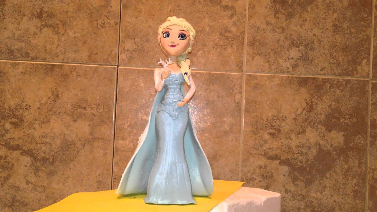 Queen Elsa Cake Decorations : Queen Elsa Cake Topper (Frozen Movie) - YouTube