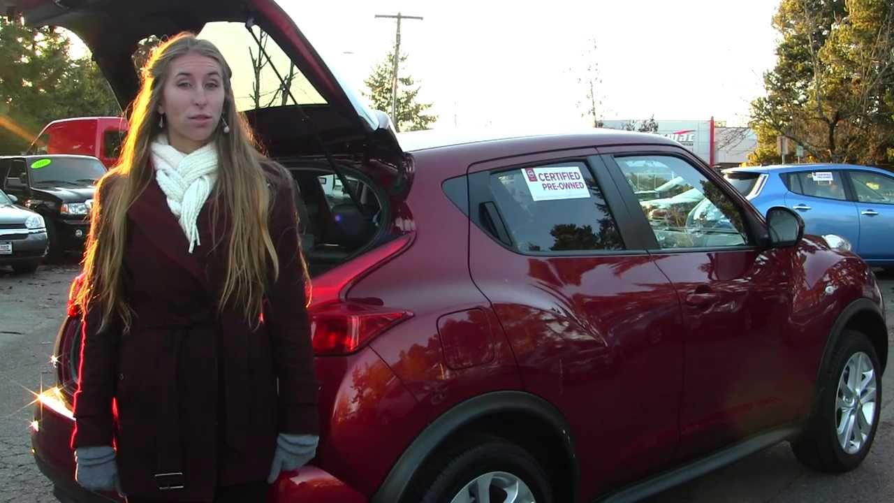 Virtual walk around tour of a 2011 nissan juke sv awd at nissan of the eastside in bellevue wa p297