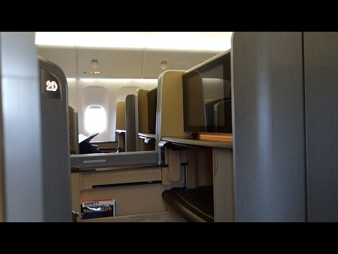 777-300ER 'New' First Class Singapore Airlines SQ222: Sydney to Singapore