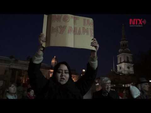 Vigilia en Trafalgar Square en solidaridad con víctimas de atentado