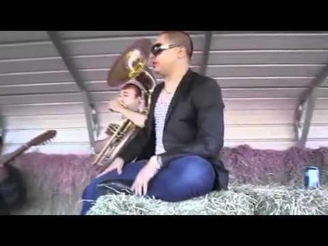 Larry Hernandez- Arrastrando Las Patas DjAlexisHD