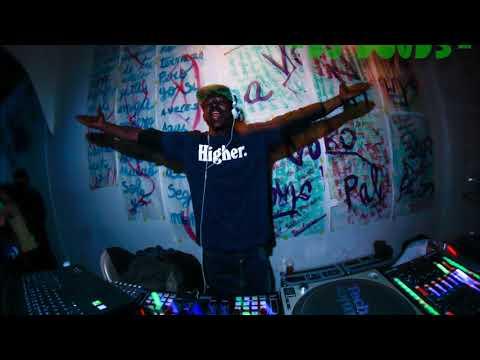 DJ DOUDS