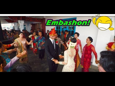 Embashon! 😊 - Manortor Bersama Pengantin (Batak Dance)