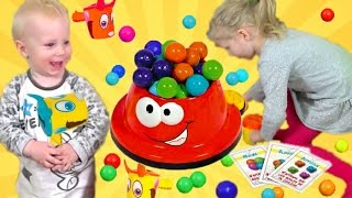 Веселая ЧЕЛЛЕНДЖ Игра БАРБОСИКИ детские развлечения от Миланы дети собирают шарики от Family Box