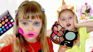 Настя и игры с косметикой для детей