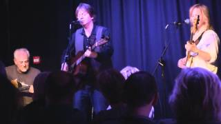 Bap Kennedy-Moonlight Kiss-Live at The Barge Belfast