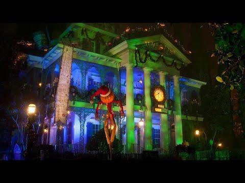 [2019] Haunted Mansion Holiday *NEW* @ Disneyland Park | HD POV | Ride & Queue | Low Light |