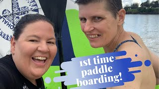 First time stand up paddle boarding - travel vlog in Yamba, NSW