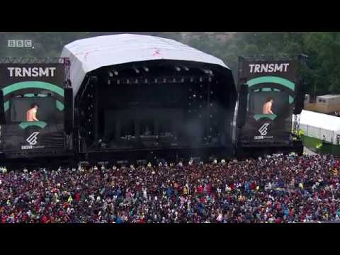 The 1975  Falling for you  (Live in TRNSMT Festival 2017)