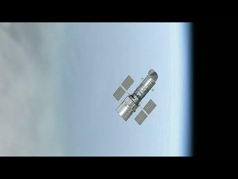 4تك: كيف يصلح رواد الفضاء أعطال الأقمار الصناعية؟  - نشر قبل 10 ساعة
