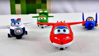 Игрушки из мультфильмов. Видео для детей. Волшебная коробка. Super wings, Пороро и зайчик Бани.