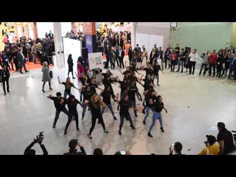 Incredible India! Flash Mob Performance
