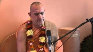 2011.07.22 Kirtan by HH Bhakti Vidya Purna Swami - Riga, Latvia