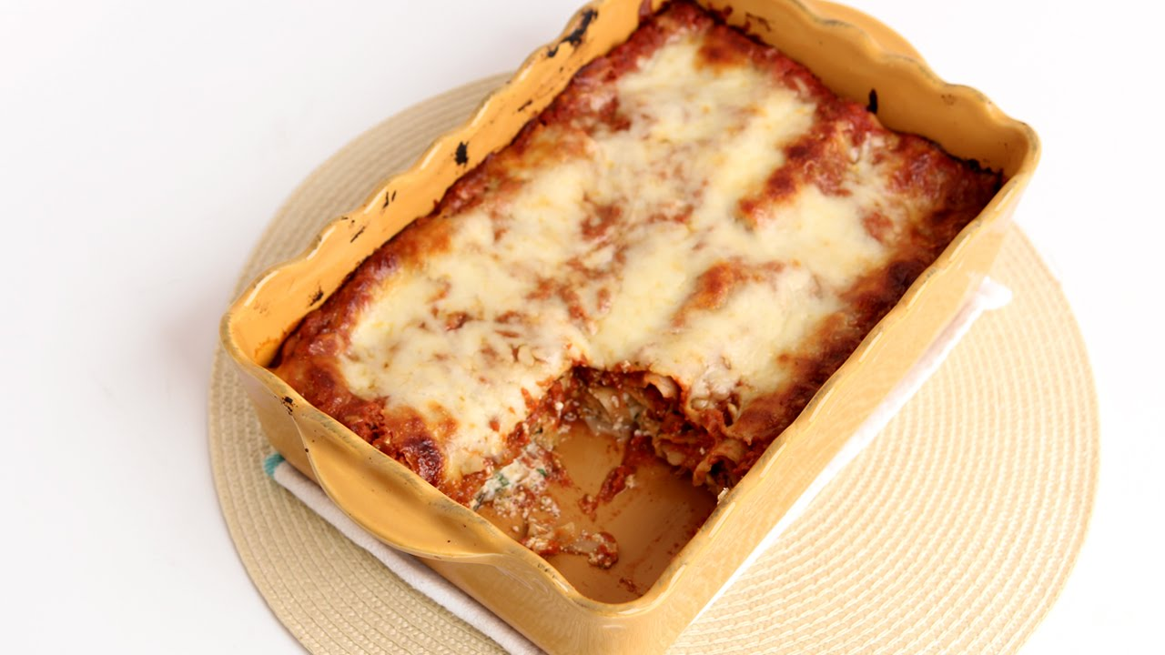 Recipe Video Laura In The Kitchen Com Lasagna
