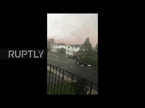 Canada: See the moment Tornado rips through Ottawa suburb