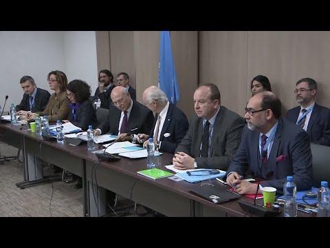 خلافات بين وفد الحكومة السورية  والمعارضة خلال مفاوضات جنيف  - نشر قبل 57 دقيقة