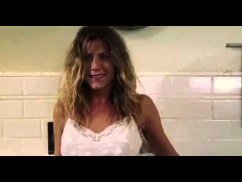 Jenifer Aniston   Bathroom scene. letöltés
