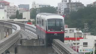 沖縄都市モノレール1000形 市立病院前駅到着 Okinawa Urban Monorail 1000 series EMU
