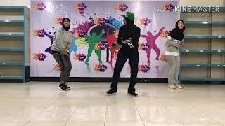 Bebas - Iwa K Feat Sheryl Sheinafia,  Maizura, Agatha Priscilla & Cast