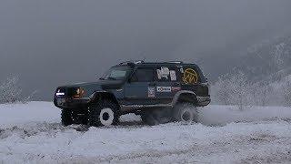 Jeep Cherokee XJ 4.0 action camera view