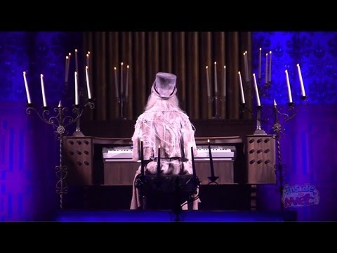 """Live Haunted Mansion Organ Played By Ghost Organist At """"Room For One More"""" 40th Anniversary Event"""