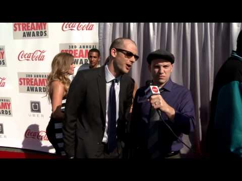 Nice Peter and  epicLLOYD Red Carpet Interview - Streamy's 2013