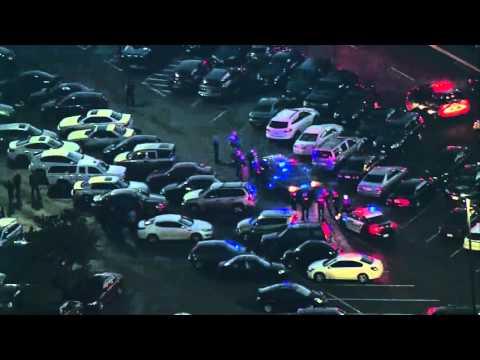 Westfield Southcenter Mall Gun Shot Today  - Tukwila, Washington, USA
