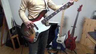 椎名林檎さんの月に負け犬を弾いてみました。 バンドで練習しているので...
