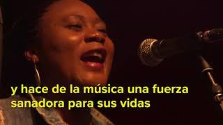 La Orquesta Mundana Refugi: la música que une nacionalidades en Brasil