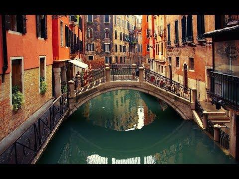 Summertime In Venice!   (Al Caiola + 5 Other Great Artist!)  (Lyrics) Romantic 4K Music Video Album!
